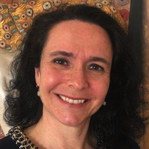 Ana Paula Azevedo (Prof. Dra.)