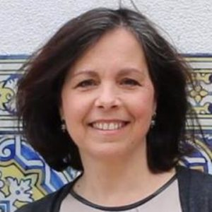 Esmeralda Neves (Dra.)