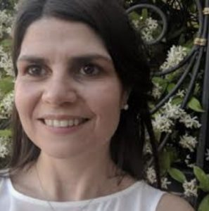 Cláudia Amorim Vaz (Dra.)